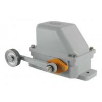 Низковольтная и высоковольтная аппаратура Выключатели концевые и путевые КУ700